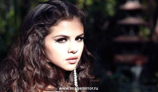 Бренд Selena Gomez выпустил новый аромат Vivamore