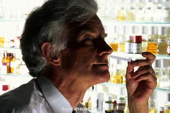 В лаборатории Живодан разрабатывают ароматы для таких известных дизайнеров, как: Кельвин Кляйн, Биджан, Том Форд, Марк Джейкобс, Ральф Лорен, Хьюго Босс, Пако Рабан.