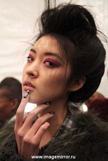 kreativnyy manikyur na nedele mody v n yu yorke foto 0