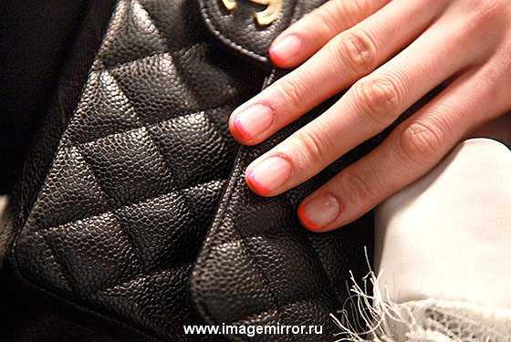 kreativnyy manikyur na nedele mody v n yu yorke foto 1