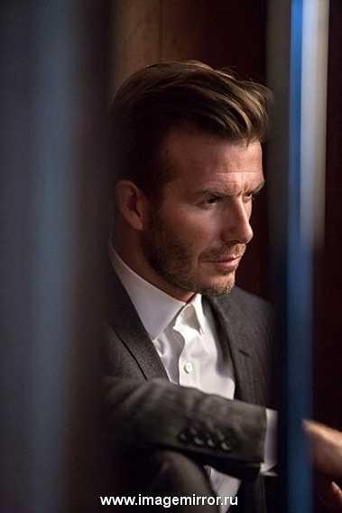 фото Дэвида Бекхэма в рекламе собственного парфюма