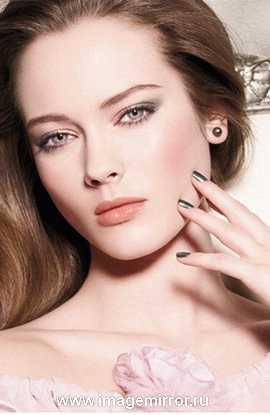 samyy modnyy makiyazh vesny 2011 1
