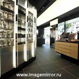Впервые в Украине: магазины косметики M.A.C